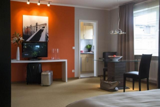 Executive Suite Munich - stylish one bedroom apartment. photo 25248899