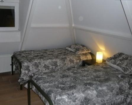 Single beds 80x200 CM